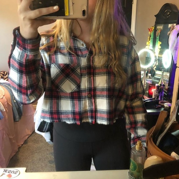 Forever 21 Tops - Cropped flannel